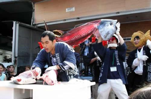 yokosuka-uoichiba-matsuri05.jpg